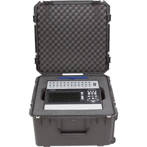 3i2222-12QSC i系列QSC數位調音器 滾輪拉柄氣密箱